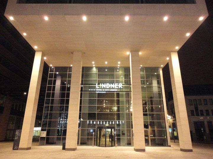 lindner hotel city lounge online booking antwerpen. Black Bedroom Furniture Sets. Home Design Ideas