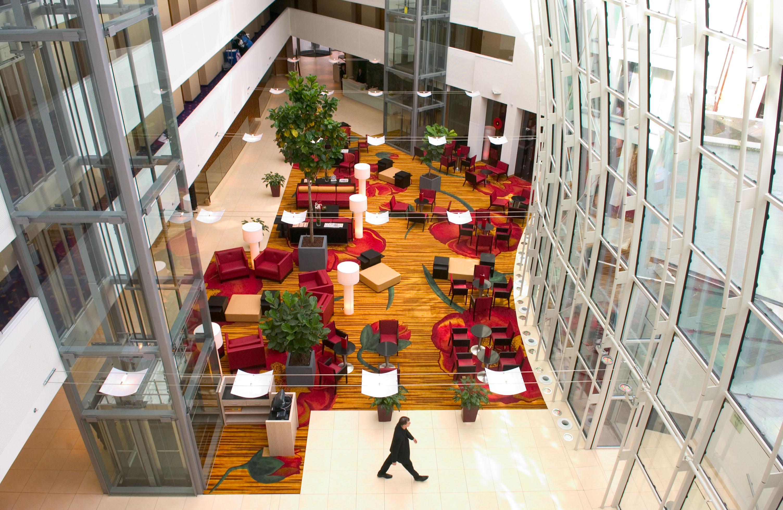 Ghent marriott hotel online booking gent for Hotel moderne belgique