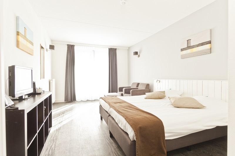 Kleiner Kühlschrank Im Hotelzimmer : Luxus hotelzimmer van der valk hotel eindhoven