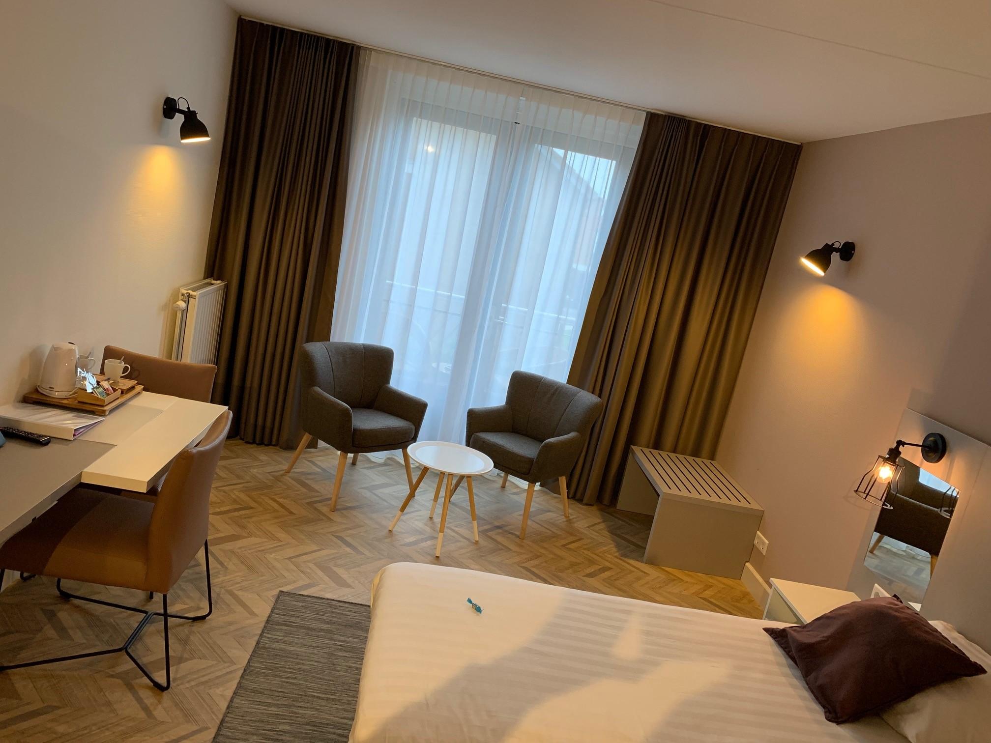 Kleiner Kühlschrank Im Hotelzimmer : Hotelzimmer fletcher hotel restaurant jagershorst eindhoven
