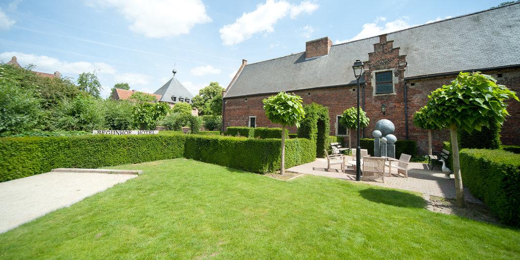 Begijnhof online booking leuven - Fotos eigentijdse huizen ...
