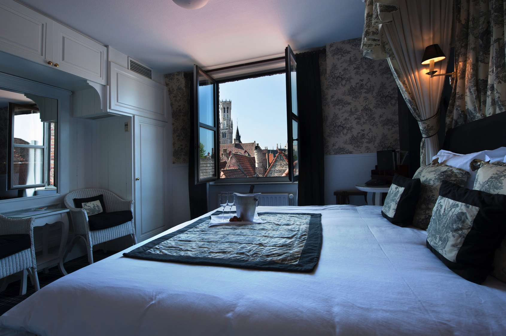 The pand hotel online booking bruges for Charming hotels of the world