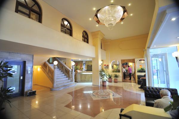 2: Samos Hotel | Hotel Samos