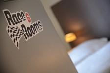 Race & Rooms